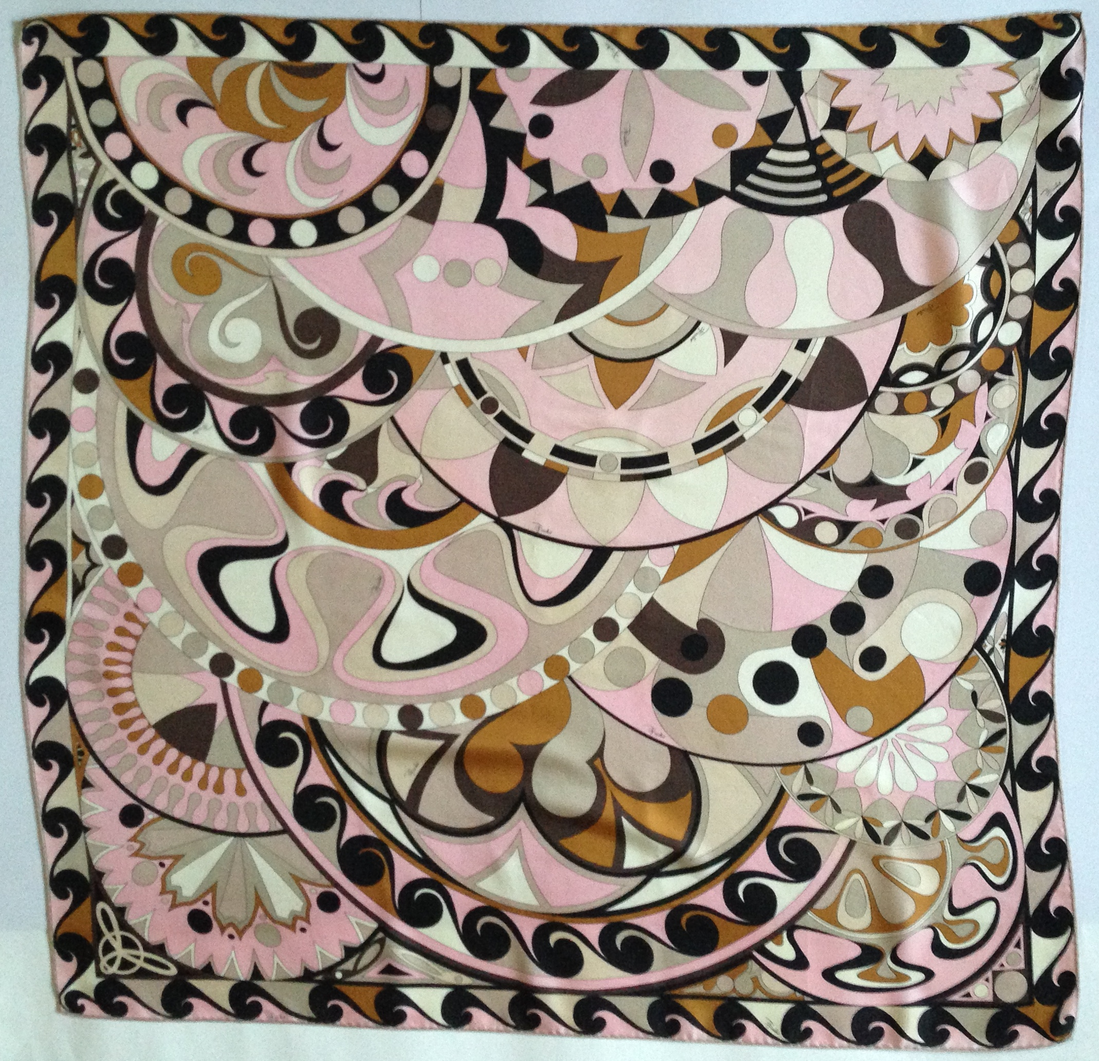 Valentine\'s Day Gift Ideas: Vintage Scarves for Sale - Dancing in ...